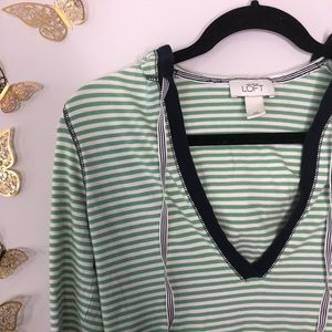 🦋🌙 LOFT - Striped V-Neck Hooded Pullover